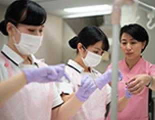 写真:厚木看護専門学校